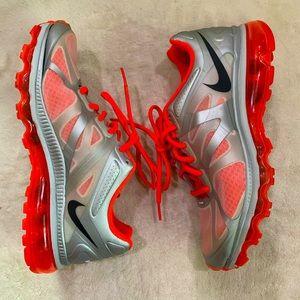 Nike Air Max Grey Orange Sneaker Size 8.5
